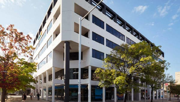 10 Moore St Canberra